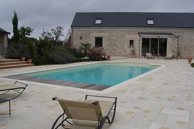 Generaliste Habitat Piscines Piscines Et Spa A Juigne Sur Loire En Maine Et Loire 49 Bassin Thomas 009