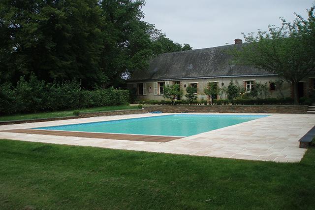 Generaliste Habitat Piscines Piscines Et Spa A Juigne Sur Loire En Maine Et Loire 49 Piscine M. Desazard
